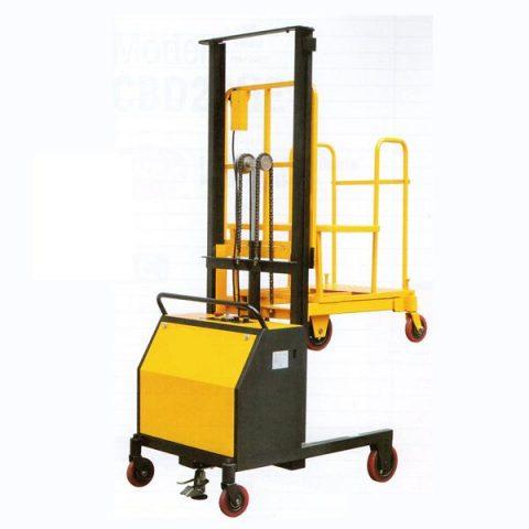Semi eléctrico prepara pedidos OJC-C2/20